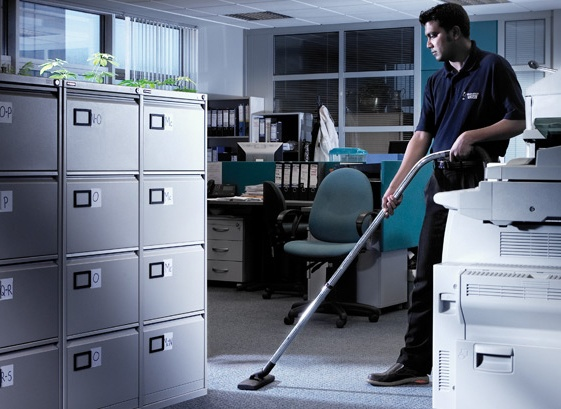 Five Questions to Ask Your Cleaning Contractor Before Hiring Them